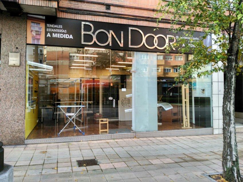 Ba os armarios y puertas en oviedo bon door - Recogida de muebles oviedo ...